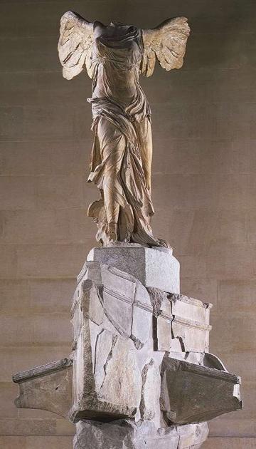 Statue déesse Niké de Samothrace
